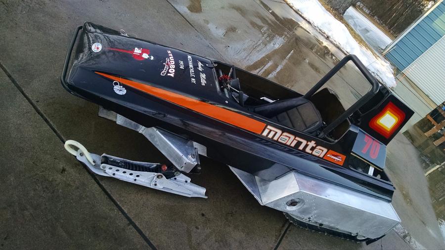 Andy Miller racing Manta
