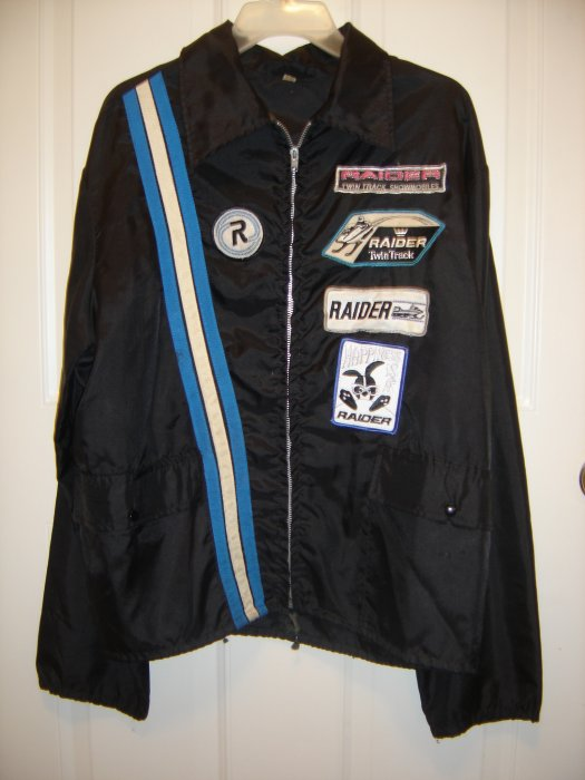 2013-april-24-gregs-snowmobile-jacket-002